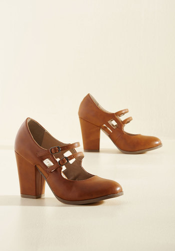 1920s Style Shoes Uplift the Curtain Heel in Caramel $69.99 AT vintagedancer.com