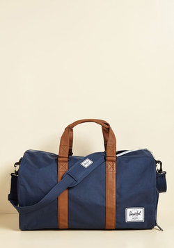 Away With Words Weekend Bag in Navy