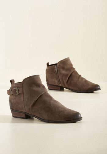 Day Trip Debut Suede Booties