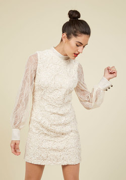 Individual Allure Lace Dress