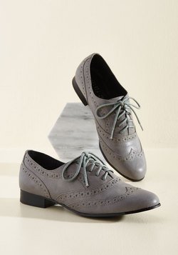Wind Beneath My Wingtips Oxford Flat