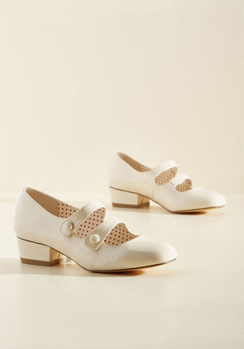 1920s Style Shoes Kicks of the Trade Heel in Vanilla $69.99 AT vintagedancer.com