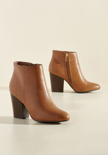 Minute by Minimalist Booties