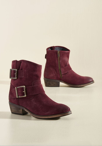 Castanets Suede Boots