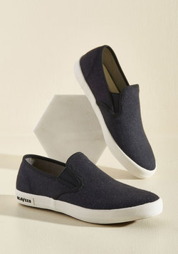 Long Beach Bash Slip-on Sneaker in Black