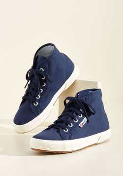 Aye, Aye, Action! Sneaker in Navy