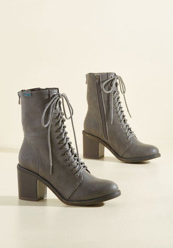 Everyday Agreeable Boots