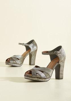Cast Leather Heel