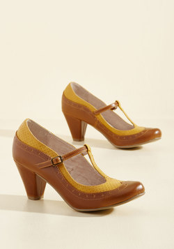 Seize the Debut T-Strap Heel in Caramel