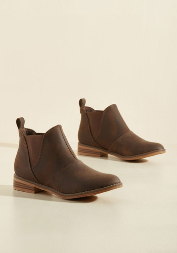 Used Book Browsing Booties in Brown