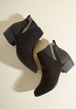 Portland By Morning Bootie in Onyx