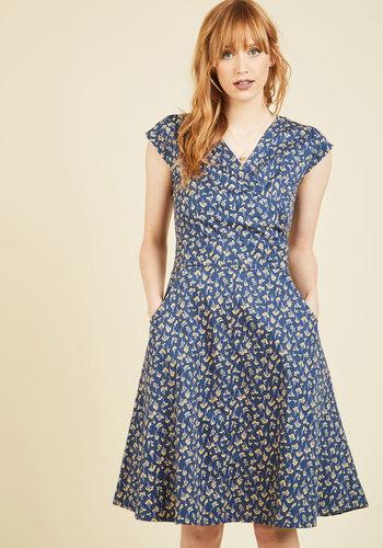1930s Style Day Dresses Willow the Wisp Floral Dress $89.99 AT vintagedancer.com