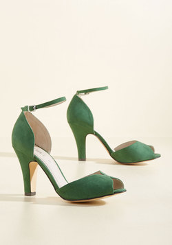 Fine Dining Peep Toe Heel in Emerald