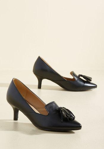 1950s Style Shoes Sass Check or Credit Heel in Black $39.99 AT vintagedancer.com