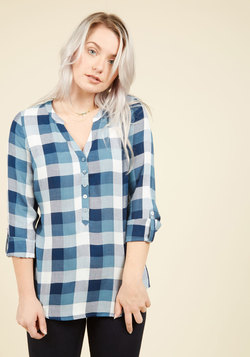 At Henley Rate Plaid Top in Blue