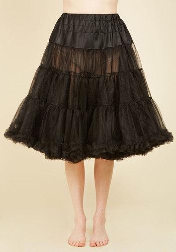 1950s Crinoline, Petticoats & Pettipants Va Va Voluminous Petticoat in Black - Long $59.99 AT vintagedancer.com