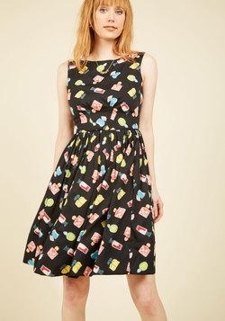 Daytrip Darling A-Line Dress in Parfum