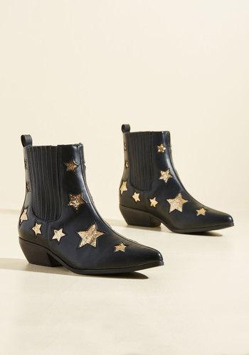 Starlet Light, Starlet Bright Booties