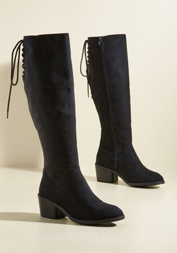 Stunning in Place Boot