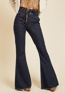 Retro Rendezvous Jeans