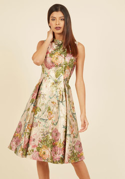 Opulent Elation Floral Dress in Champagne
