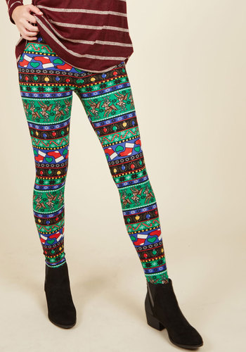 Swell on a Holiday Leggings in Cheer