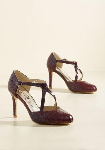 1920s Style Shoes Rock the Dance Floor Heel in Oxblood $39.99 AT vintagedancer.com