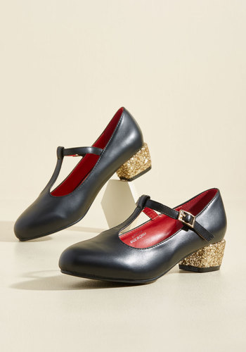 1960s Style Shoes That Certain Sparkle Heel in Night $51.99 AT vintagedancer.com