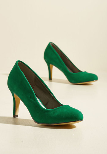 1950s Style Shoes Cheers to New Beginnings Velvet Heel $39.99 AT vintagedancer.com