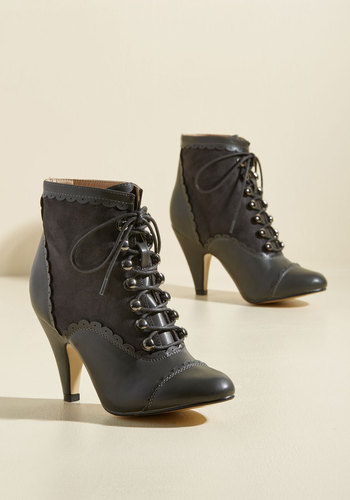 Distinguish Granted Booties in Charcoal