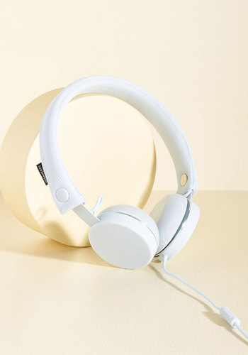 Cordial Composition Headphones in Ice