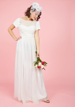 Aisle and Beyond Maxi Dress in White