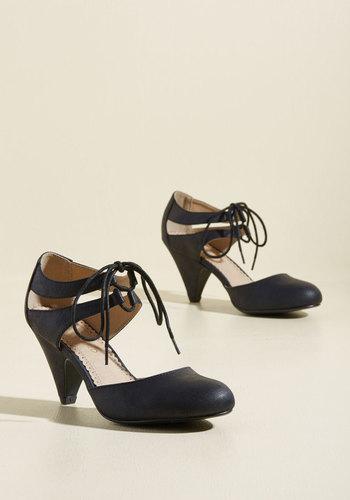 1920s Style Shoes Shimmy Some More Heel in Black $64.99 AT vintagedancer.com