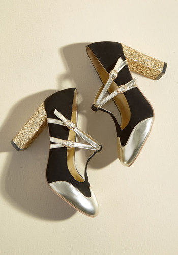 Retro & Vintage Style Shoes Strut in the World Heel in Black $69.99 AT vintagedancer.com