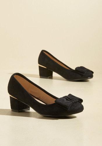 1960s Fashion: What Did Women Wear? Go for Glam Vegan Heel in Black $49.99 AT vintagedancer.com
