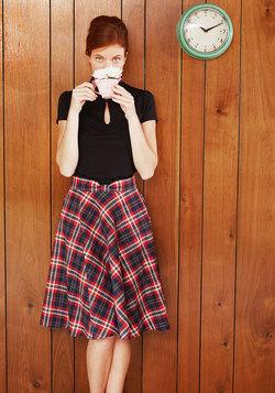 Potluck Hostess Midi Skirt in Red