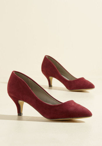 1960s Fashion: What Did Women Wear? Luxe of the Issue Heel in Merlot $39.99 AT vintagedancer.com