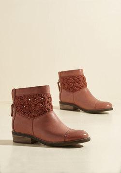 Antique Market Organizer Leather Boot