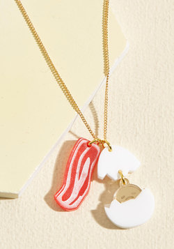 Set a Gudetama Example Necklace