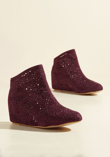 ModCloth Women's Veritably Vogue Vegan Booties