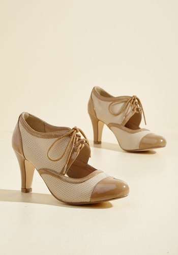 1940s Womens Shoe Styles Amped for a Revamp Heel in Beige $79.99 AT vintagedancer.com