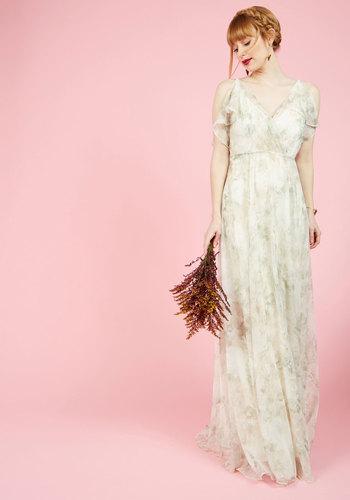 Vintage Inspired Wedding Dresses A Gliding Light Maxi Dress in Ivory $300.00 AT vintagedancer.com