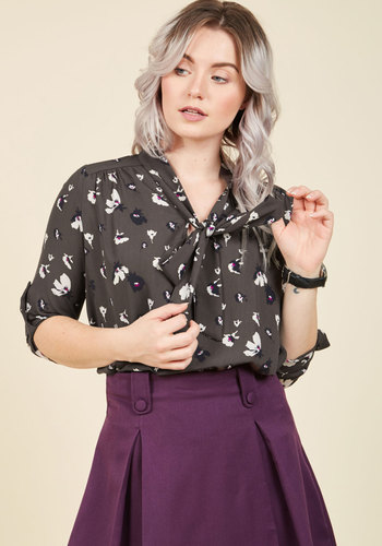 Careerist and Dearest Floral Top in Grey