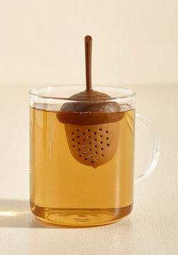 A Migh-Tea Oak Infuser