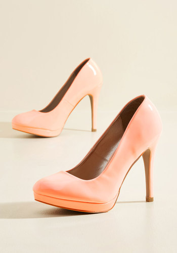 Shop Pin Up Shoes Pump It Up Heel in Peach $39.99 AT vintagedancer.com