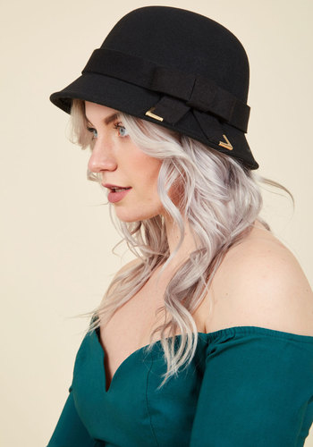 Cloche at Hand Hat - Black, Solid, Bows, Casual, Vintage Inspired, Winter, Better