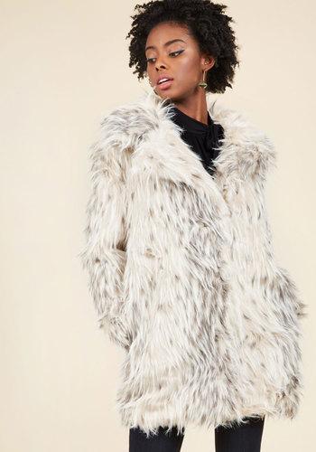 Retro Vintage Style Coats, Jackets, Fur Stoles Glamorous Engagements Coat $199.99 AT vintagedancer.com
