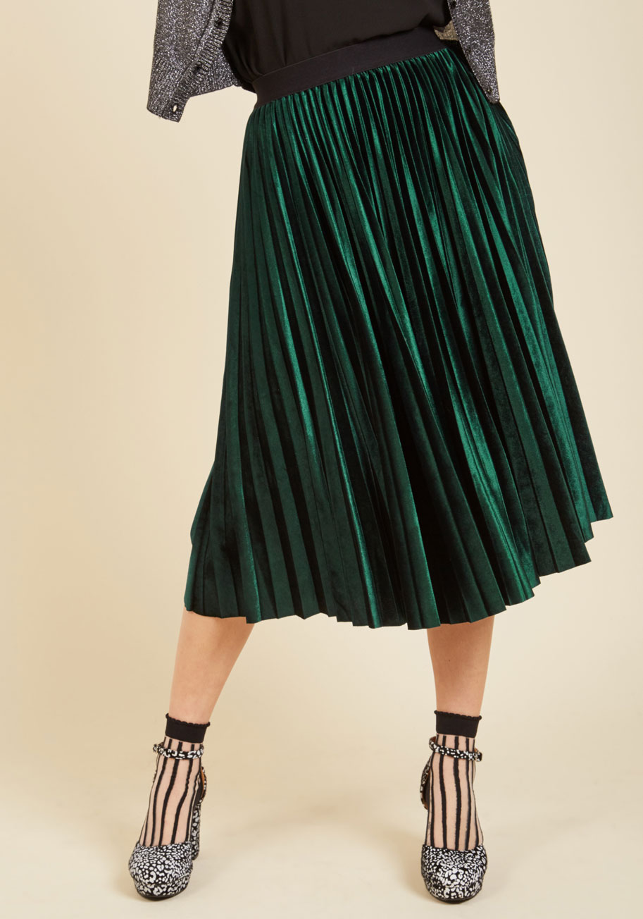 Heart Set on Velvet Midi Skirt