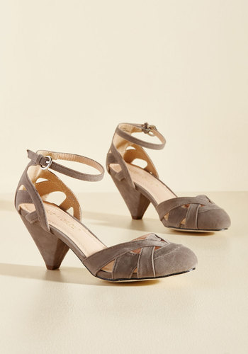 1920s Style Shoes Currant Scones Heel in Stone $49.99 AT vintagedancer.com