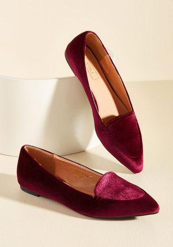 1960s Fashion: What Did Women Wear? Best of Velvet Loafer in Wine $34.99 AT vintagedancer.com